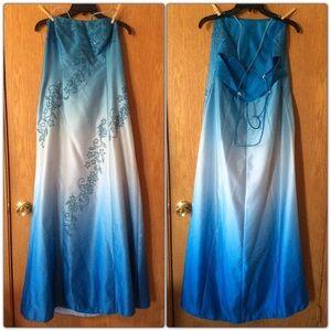 💙 Blue Ombré Floral Formal Gown 💙